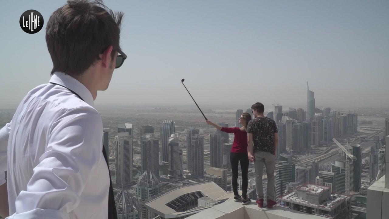 ROVAZZI: Selfie estremi