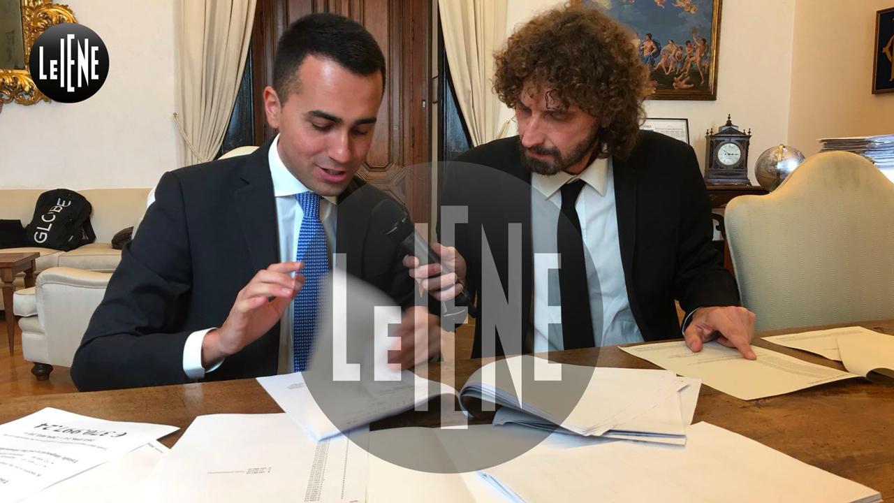Luigi Di Maio e Filippo Roma in banca